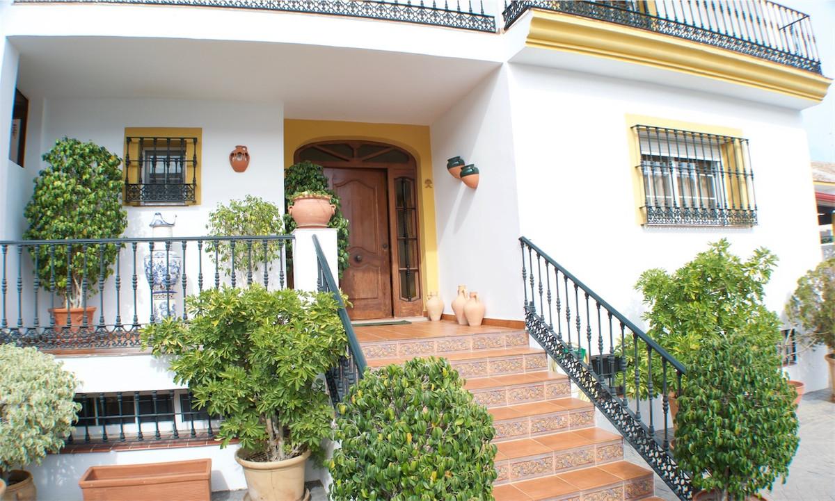 Villa  Semi Individuelle en vente   à San Pedro de Alcántara