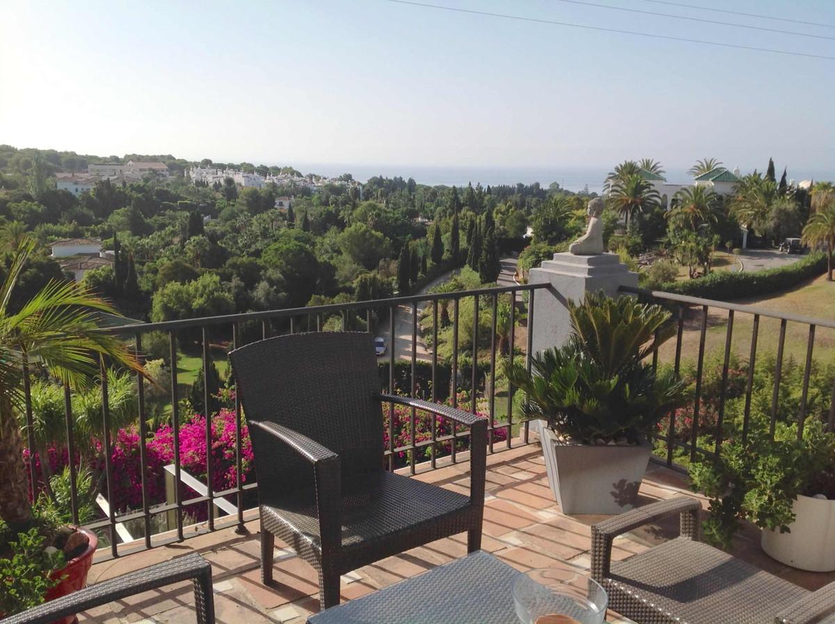 Villa  Pareada en venta   en Marbella