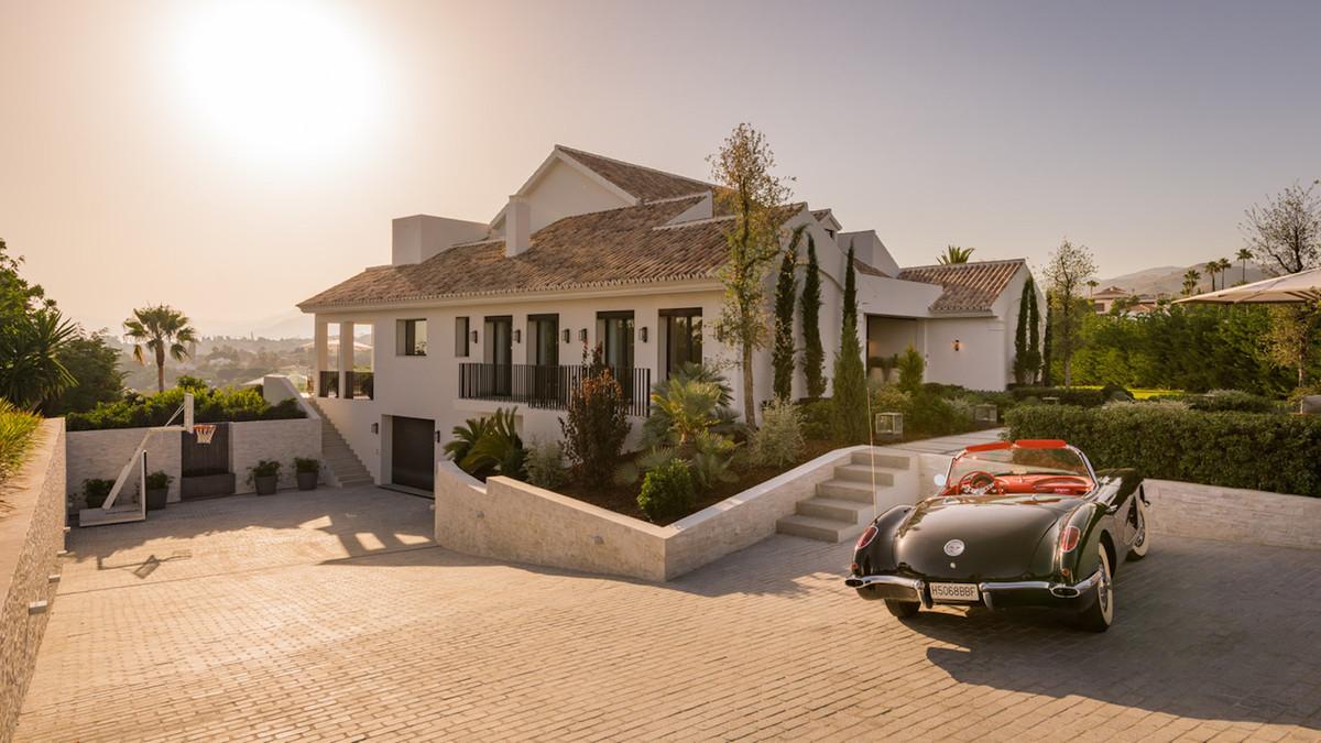 Fully refurbished to exacting standards, this exceptional, luxury home has 6 elegant en suite bedroo,Spain
