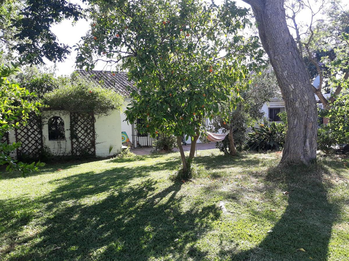 Finca - Cortijo for sale in Los Barrios R3226684