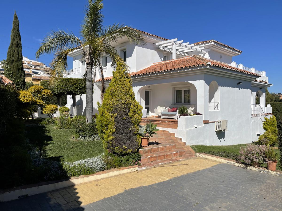 House en Atalaya R2833877 1