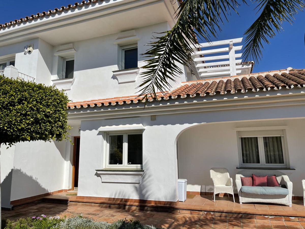 House in Atalaya R2833877 2