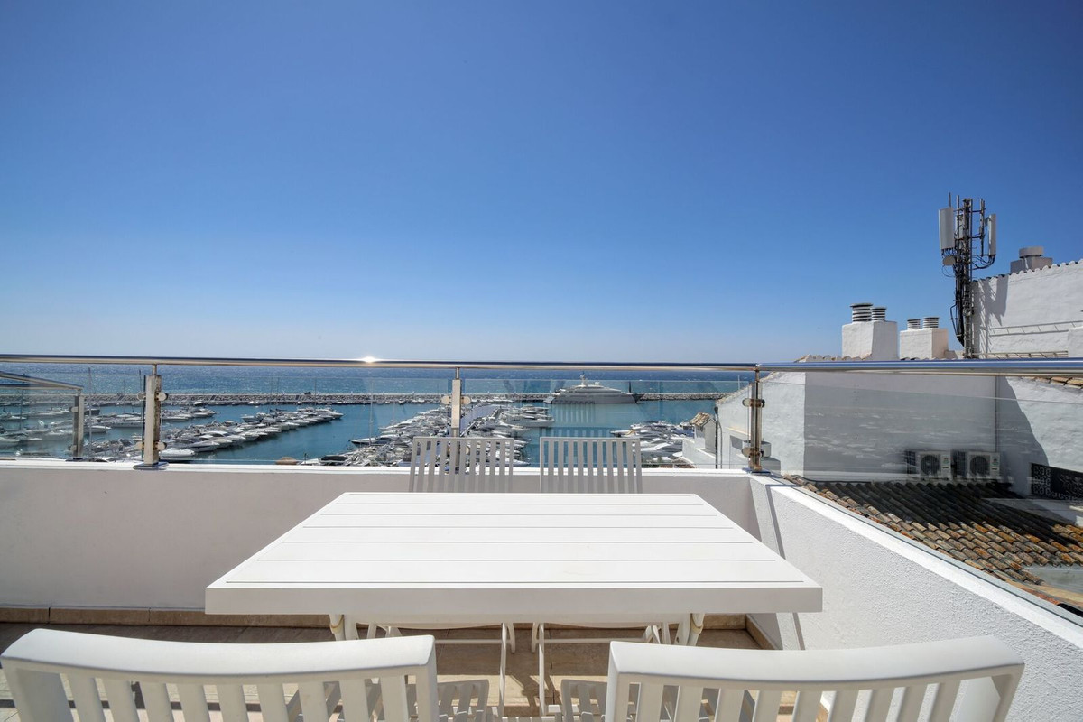 This fabulous duplex penthouse is located on the second line of Puerto Banus and offers some of the ,Spain