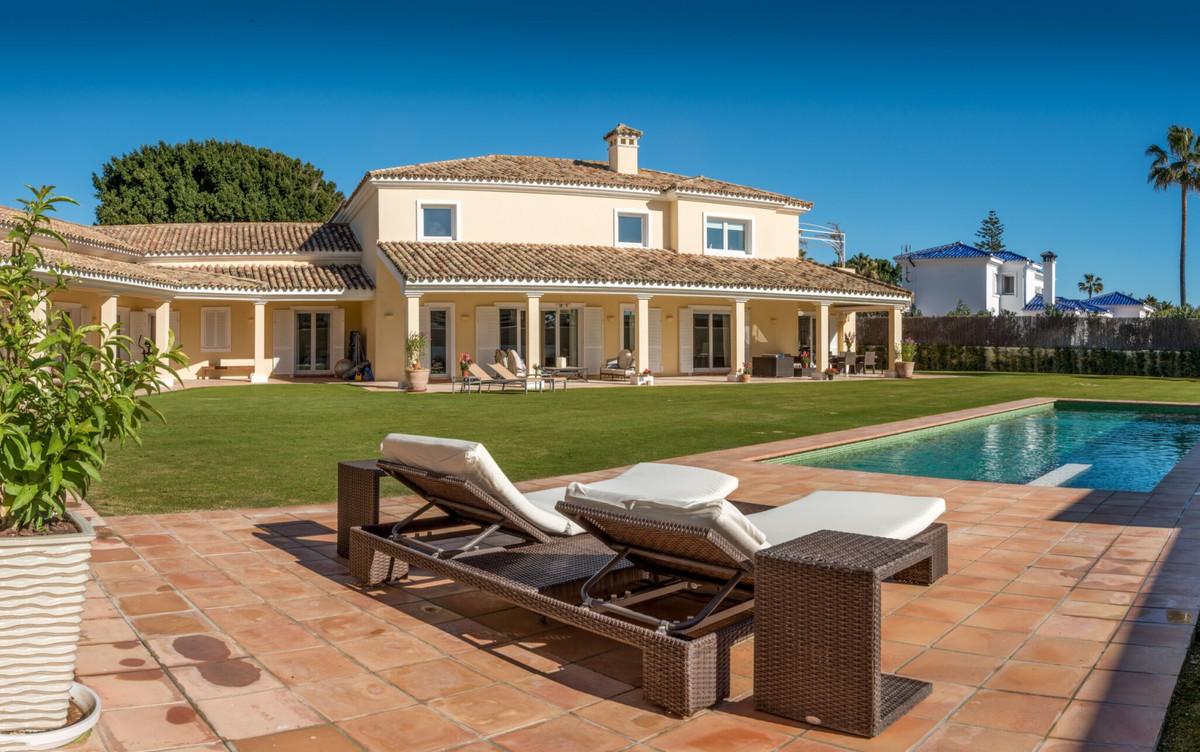 Villa 6 Dormitorios en Venta Sotogrande Costa
