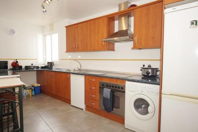 Middle Floor Apartment in Manilva