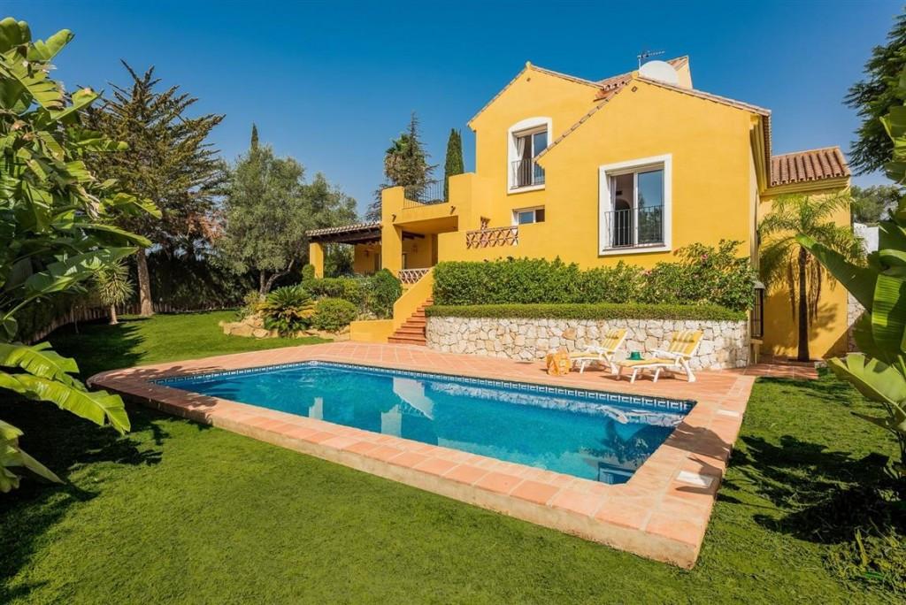 Detached Villa for sale in Mijas Golf R2006462
