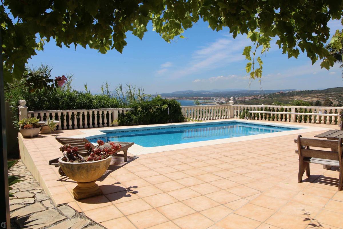 Ref:R3186928 Villa - Detached For Sale in Manilva