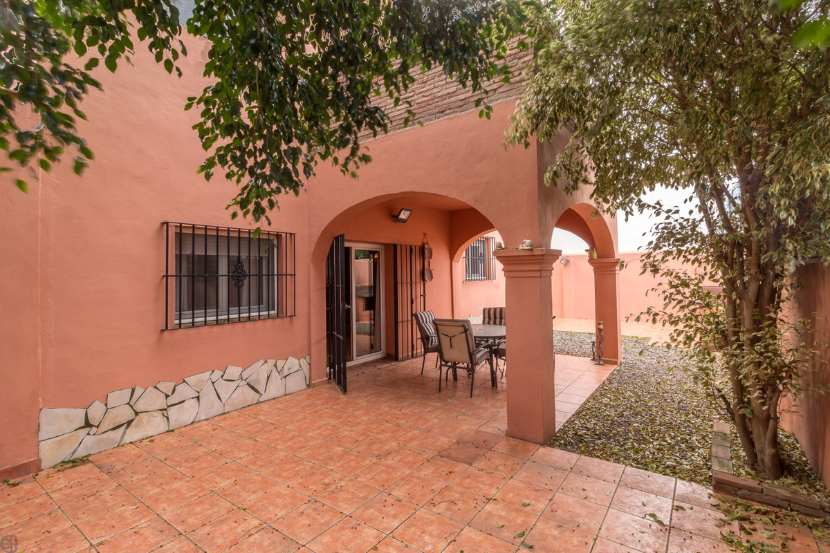 Ref:R3763651 Villa - Detached For Sale in San Enrique