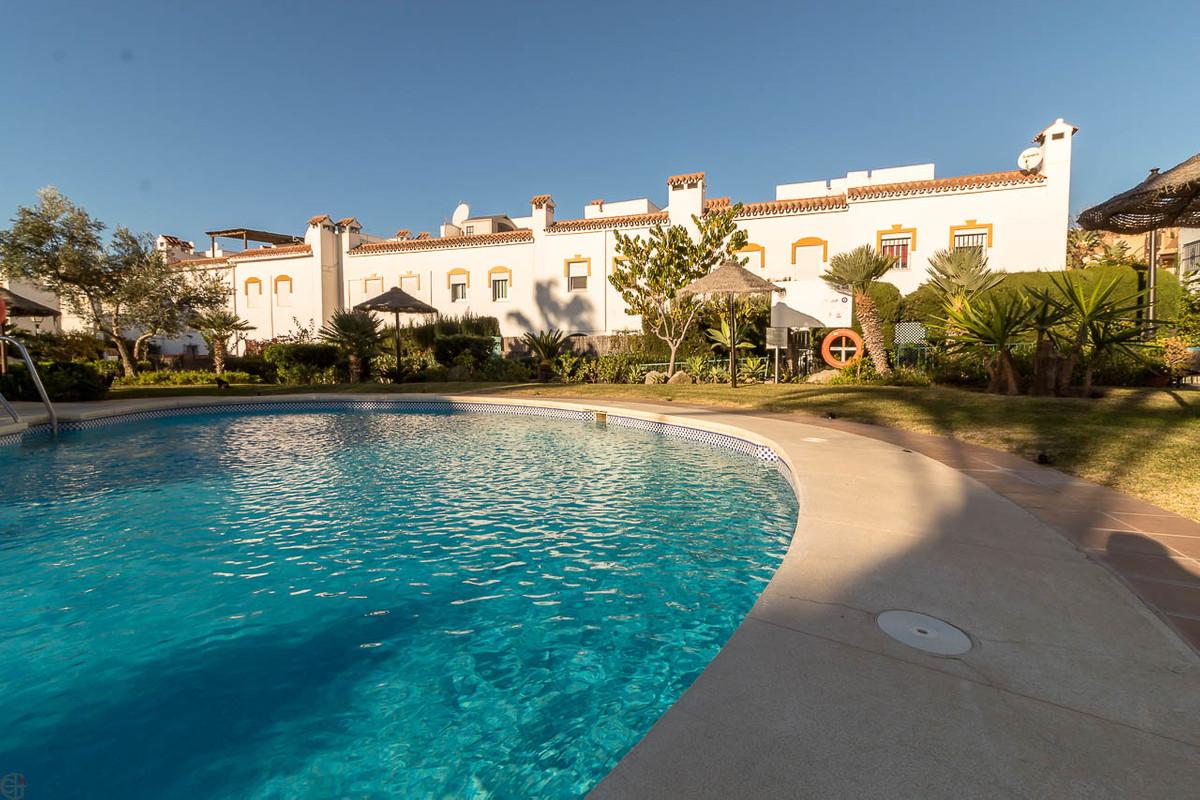 Reihenhaus Stadthaus zu verkaufen in Casares Playa R3328537