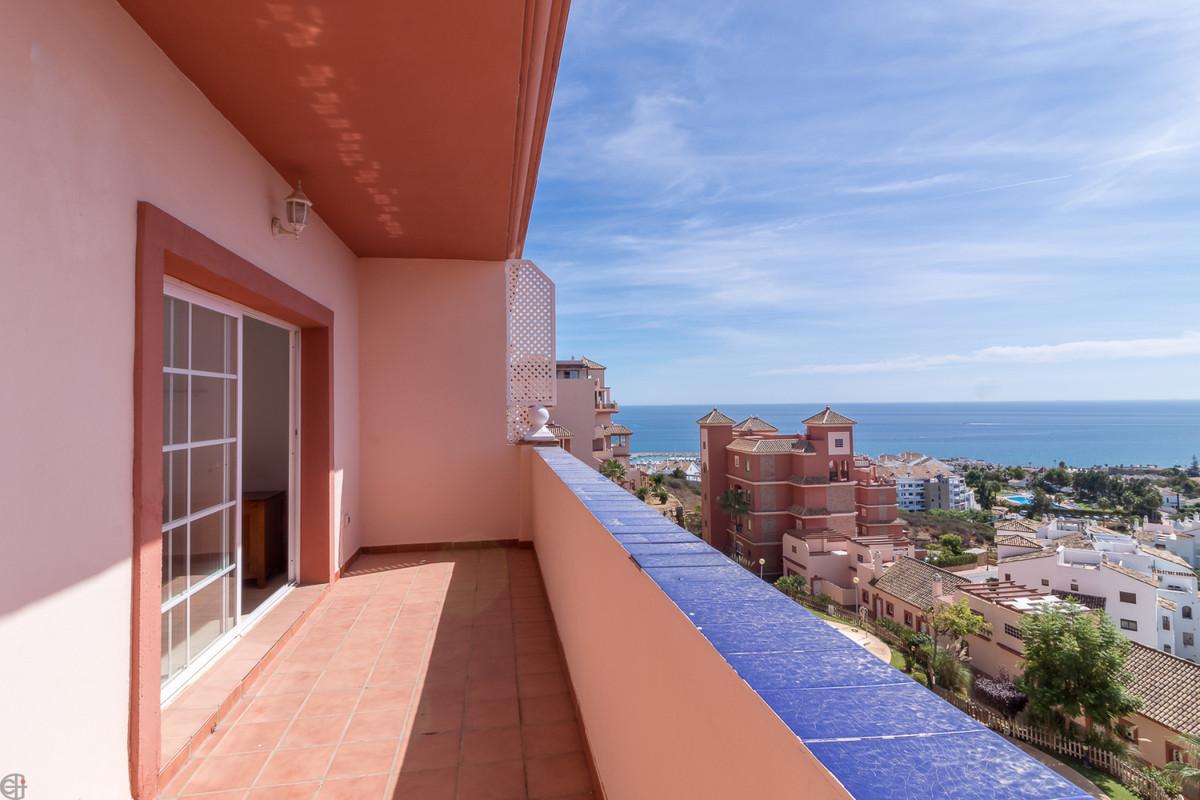Ref:CR3514231 Apartment For Sale in La Duquesa