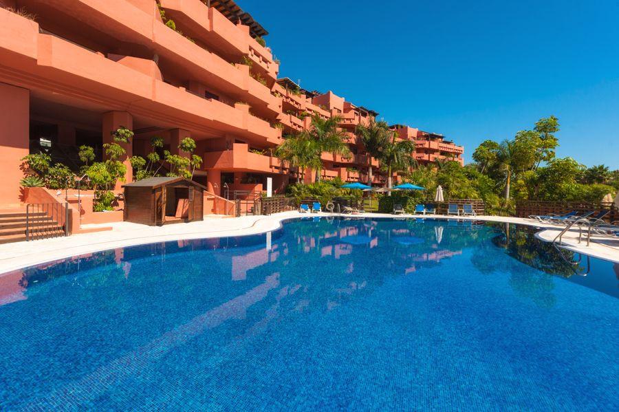 Ref:R3211960 Apartment For Sale in Estepona