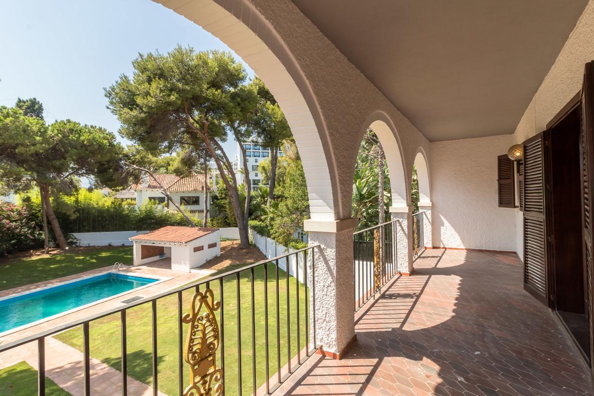 Ref:R3476089 Villa For Sale in Los Monteros