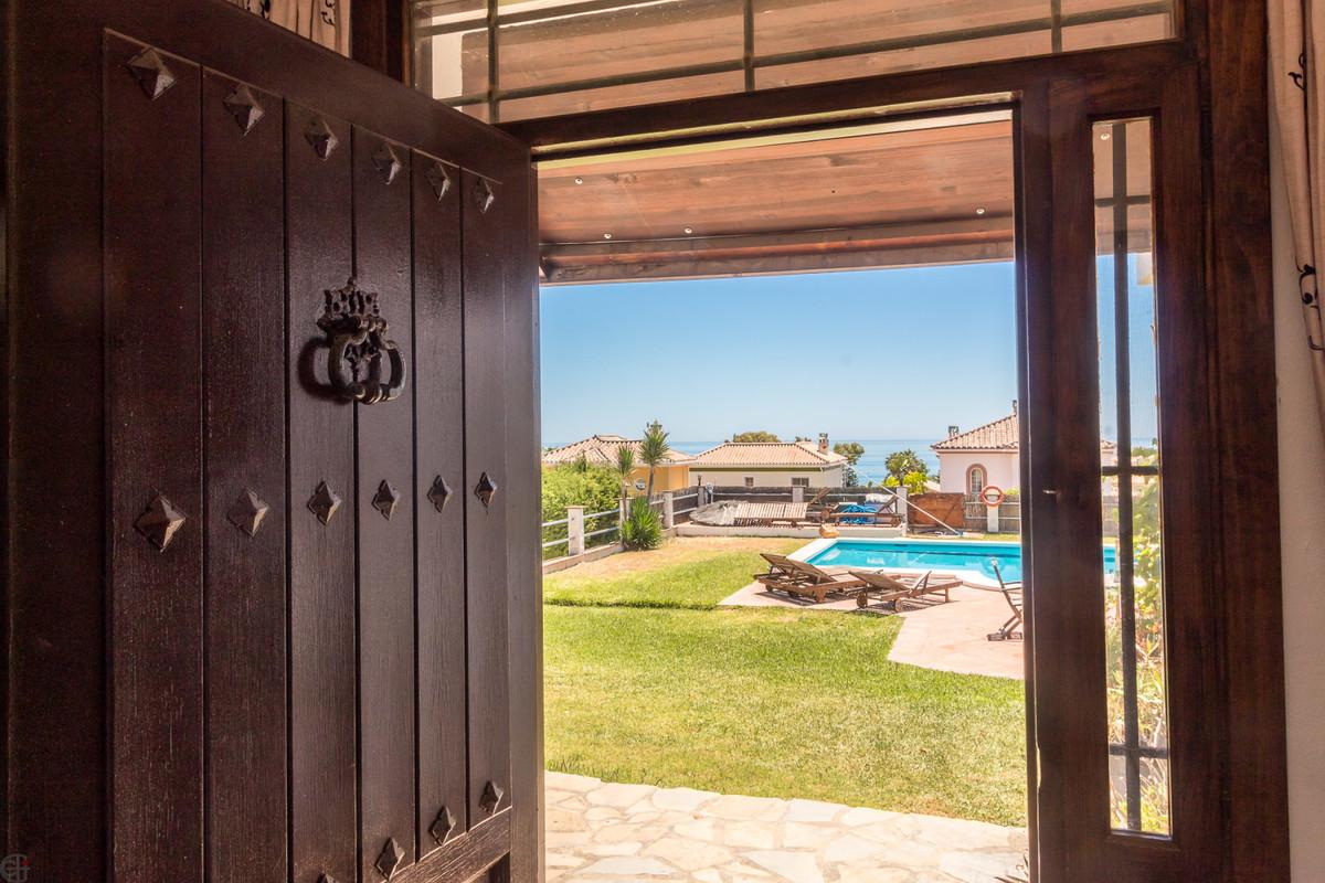 Villa Detached Manilva Málaga Costa del Sol R3517408 10