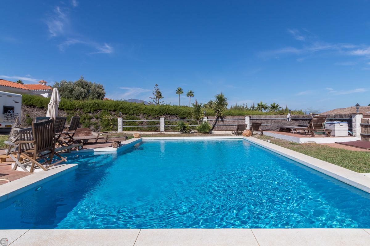 Villa Detached Manilva Málaga Costa del Sol R3517408 2