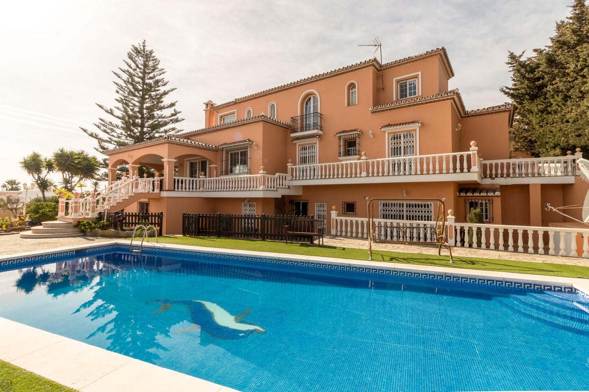 Ref:R3366355 Villa - Detached For Sale in San Luis de Sabinillas