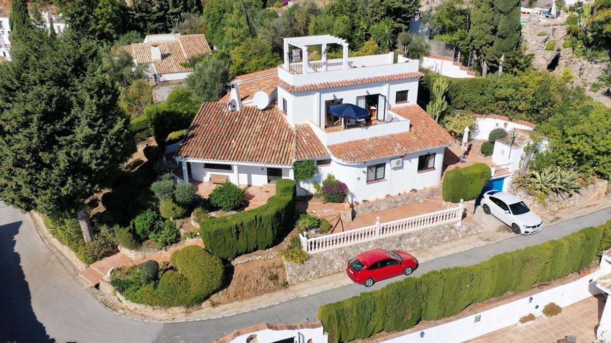 SUPERB LOCATION IN MIJAS PUEBLO – BREATHTAKING VIEWS   New listing!  Hollywood Hills in Mijas Pueblo,Spain