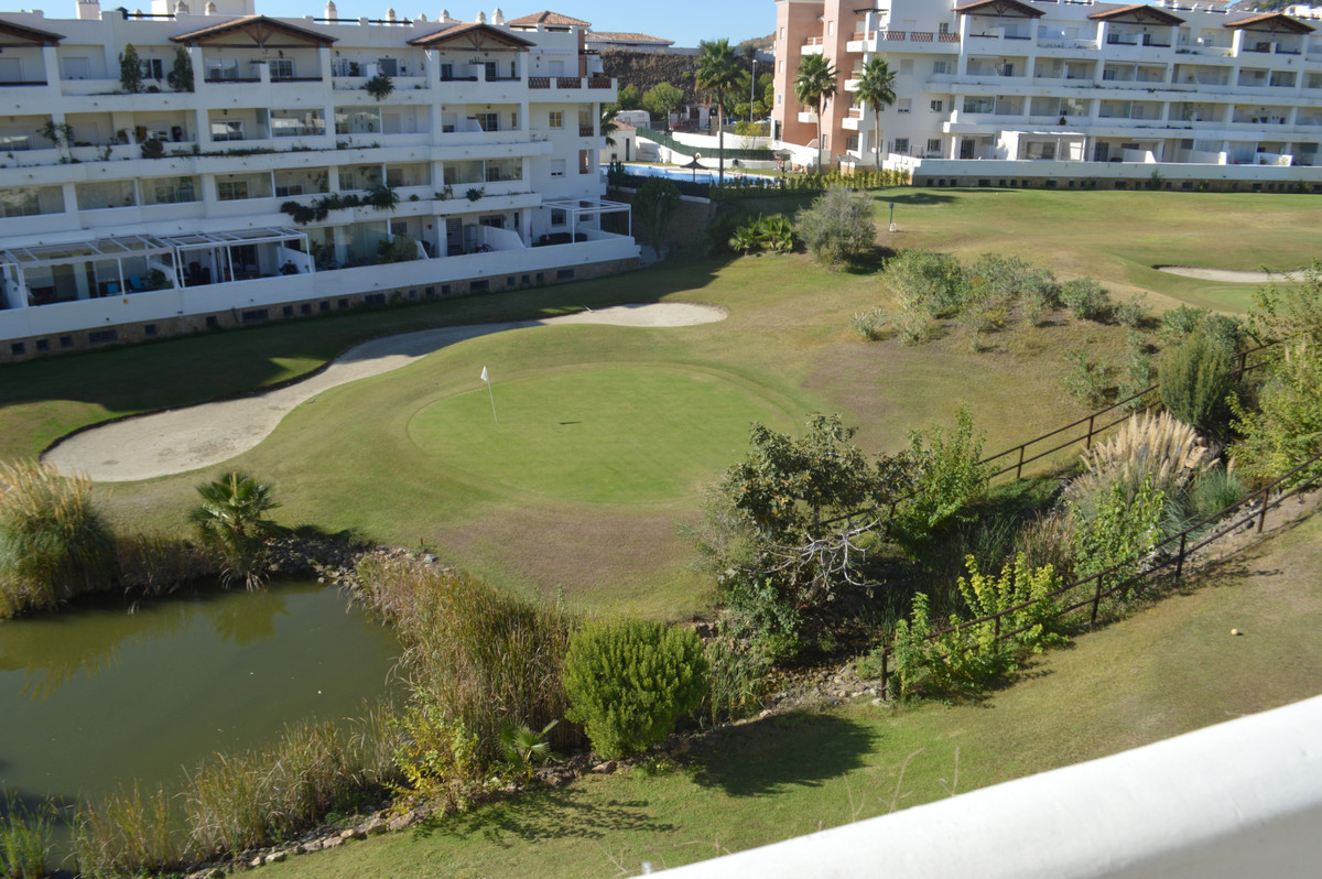 In Benalmadena, superb apartment very well located, facing the magnificent Bil Bil golf course, 5 mi,Spain