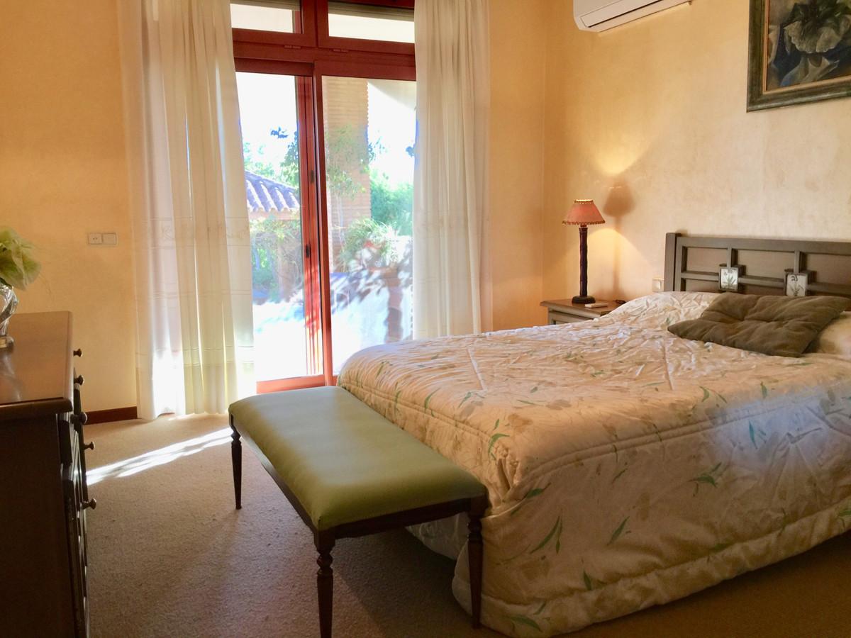 R3305134: Villa for sale in Estepona