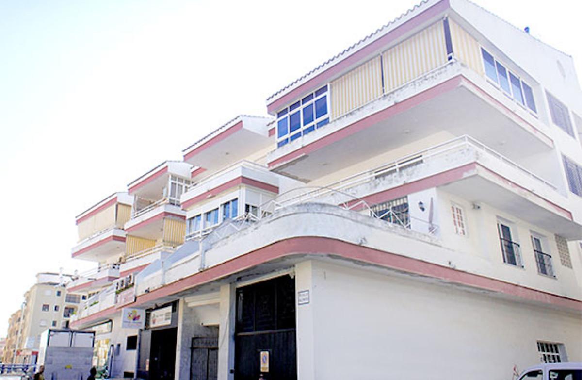 Estudio Planta Media 1 Dormitorio(s) en Venta San Luis de Sabinillas