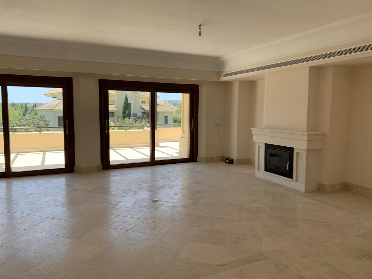 4 Bedroom Apartment for sale Sotogrande