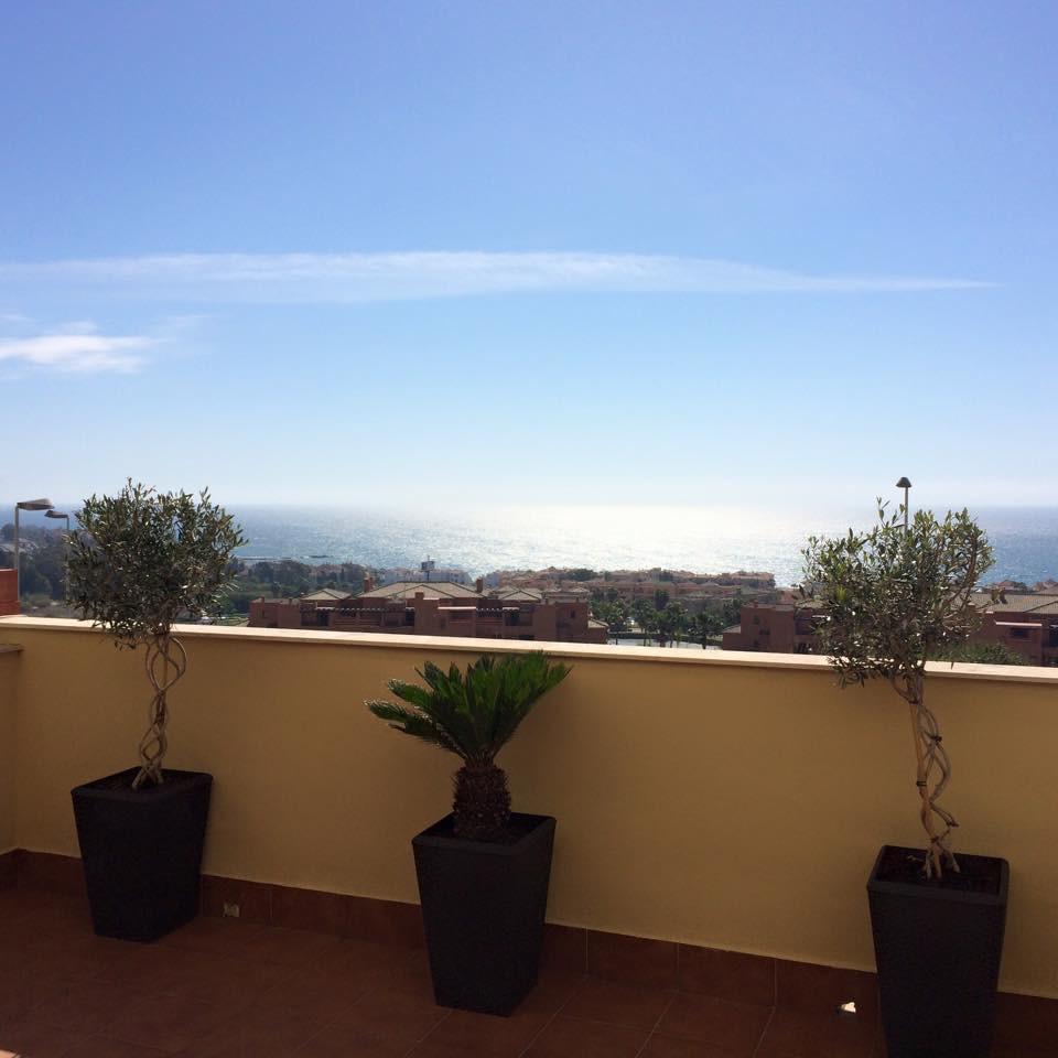 Marklägenhet i Casares Playa R3331018