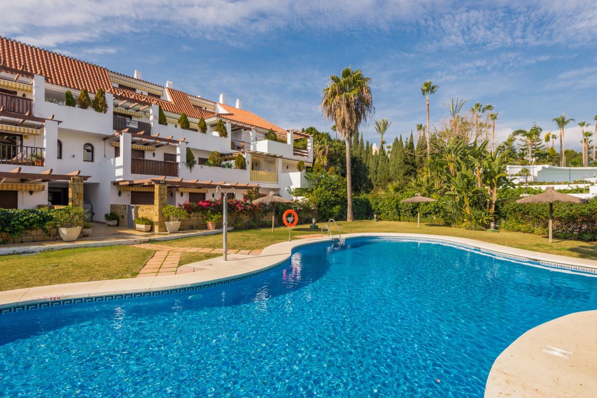 Apartamento, Planta Baja  en venta    en The Golden Mile