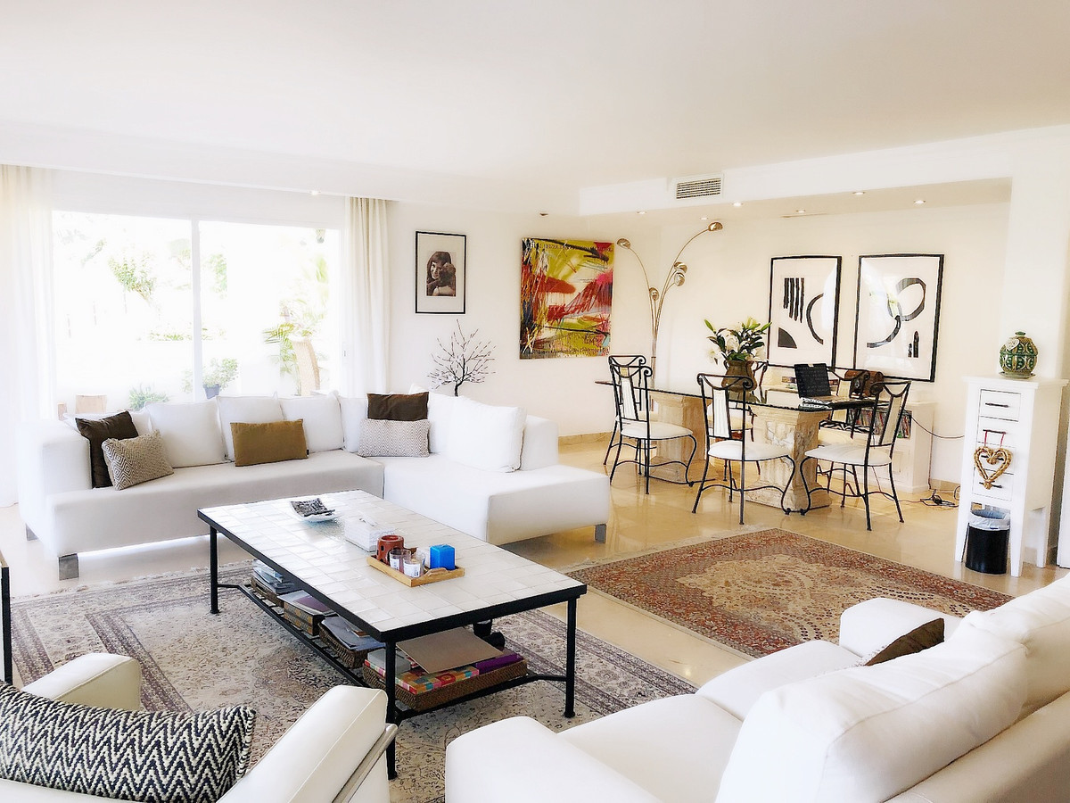 3 bed Apartment for sale in La Quinta