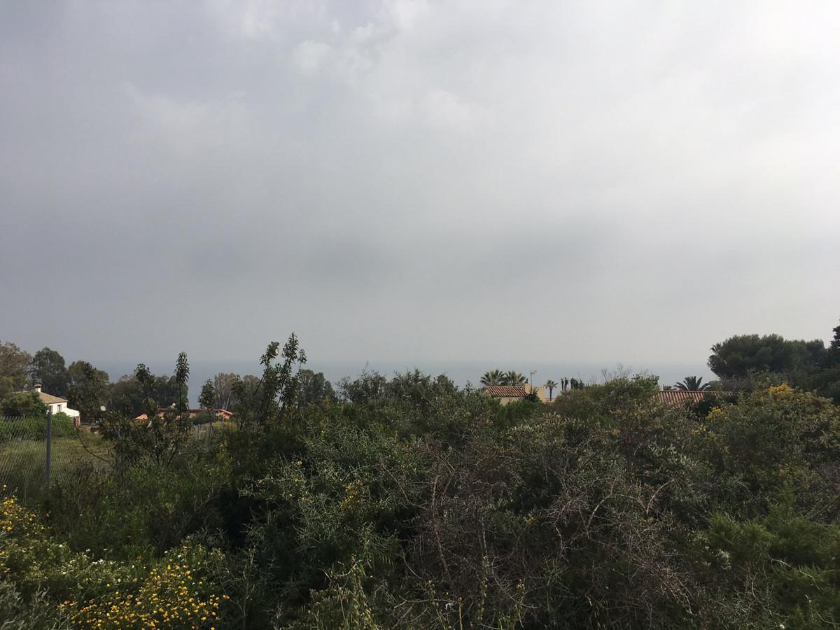 Residential Plot, San Roque, Costa del Sol. Garden/Plot 1143 m².  Setting : Close To Port, Close To ,Spain