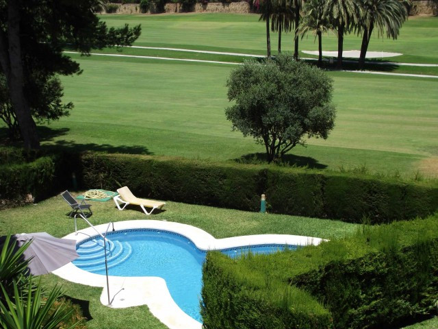 Superb location of this substantial 3 bed room townhouse overlooking Guadalmina Golf and an easy wal,Spain
