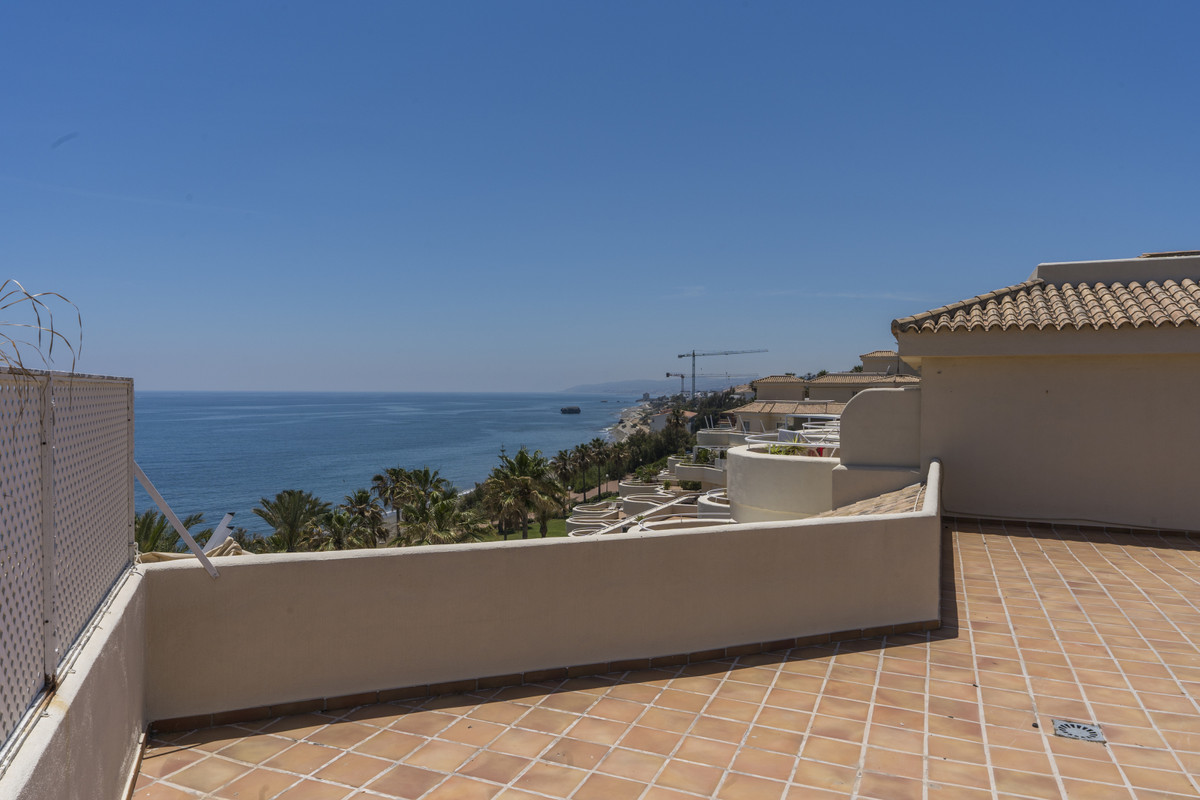 Ref:R3438742 Penthouse For Sale in Casares Playa