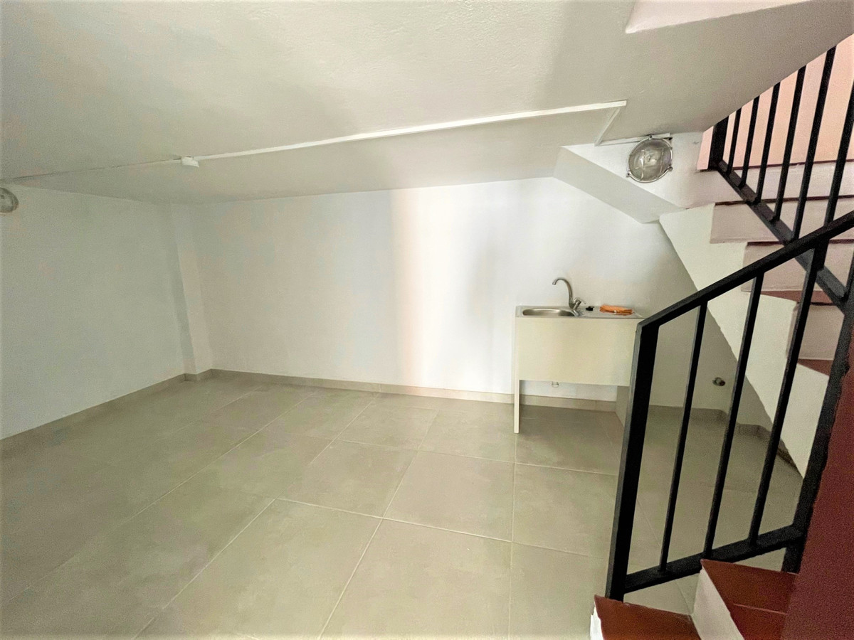 Commercial Premises For Sale Calahonda