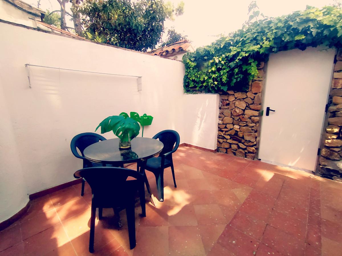 1 Bedroom Townhouse For Sale Las Chapas, Costa del Sol - HP3859144