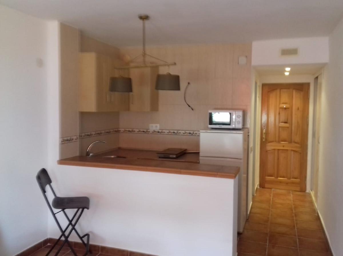 Studio, Mi-étage  en vente    à Calahonda