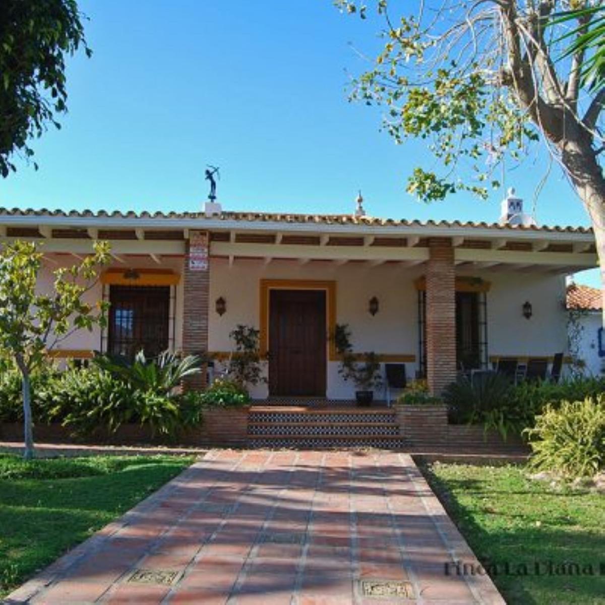 House in Alhaurín de la Torre R3858085 1