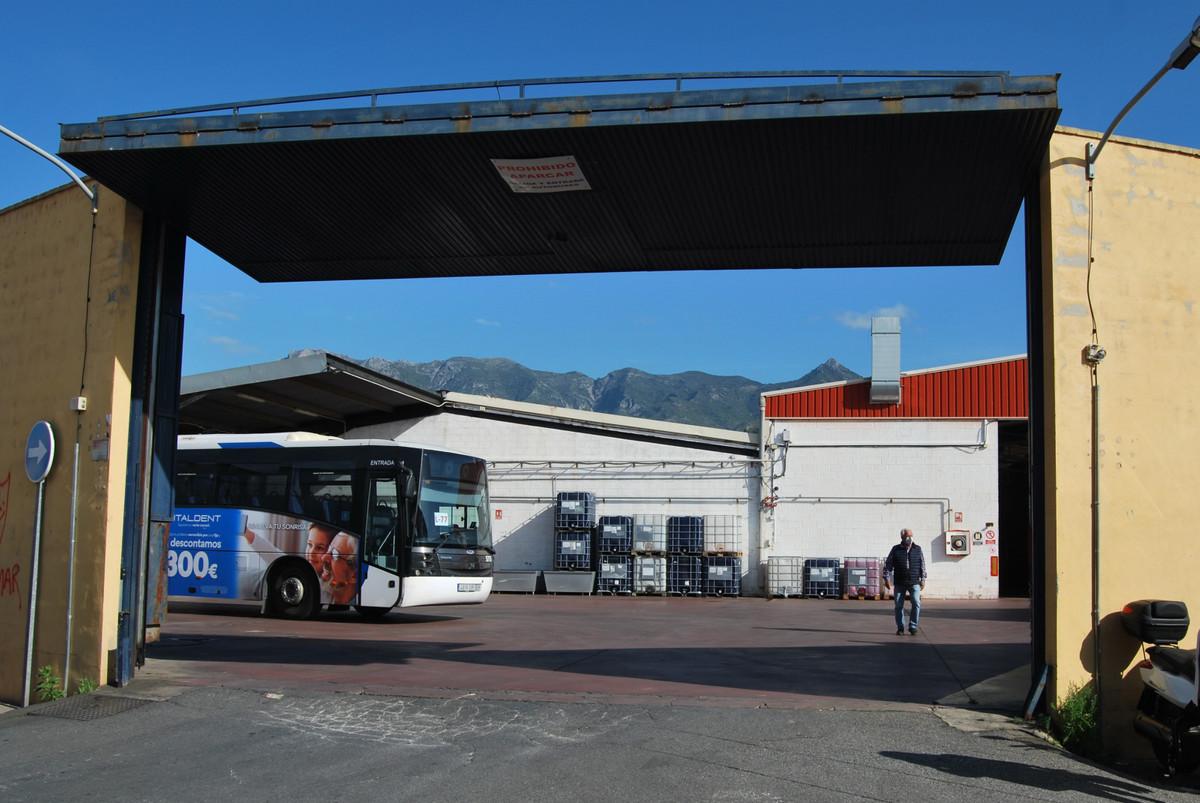 Commercial building located in the Poligono de la Ermita, in the town of Marbella. Located in the ne,Spain