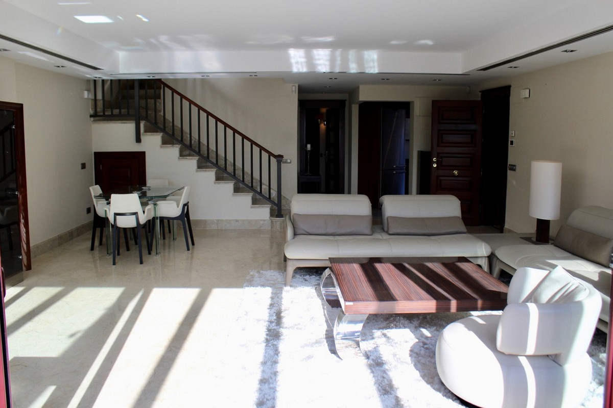 Appartement te koop in San Pedro de Alcántara R3631208