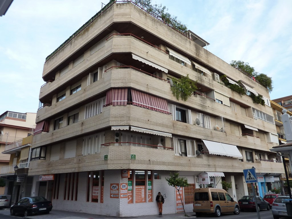 Apartment Middle Floor Fuengirola Málaga Costa del Sol R3608159
