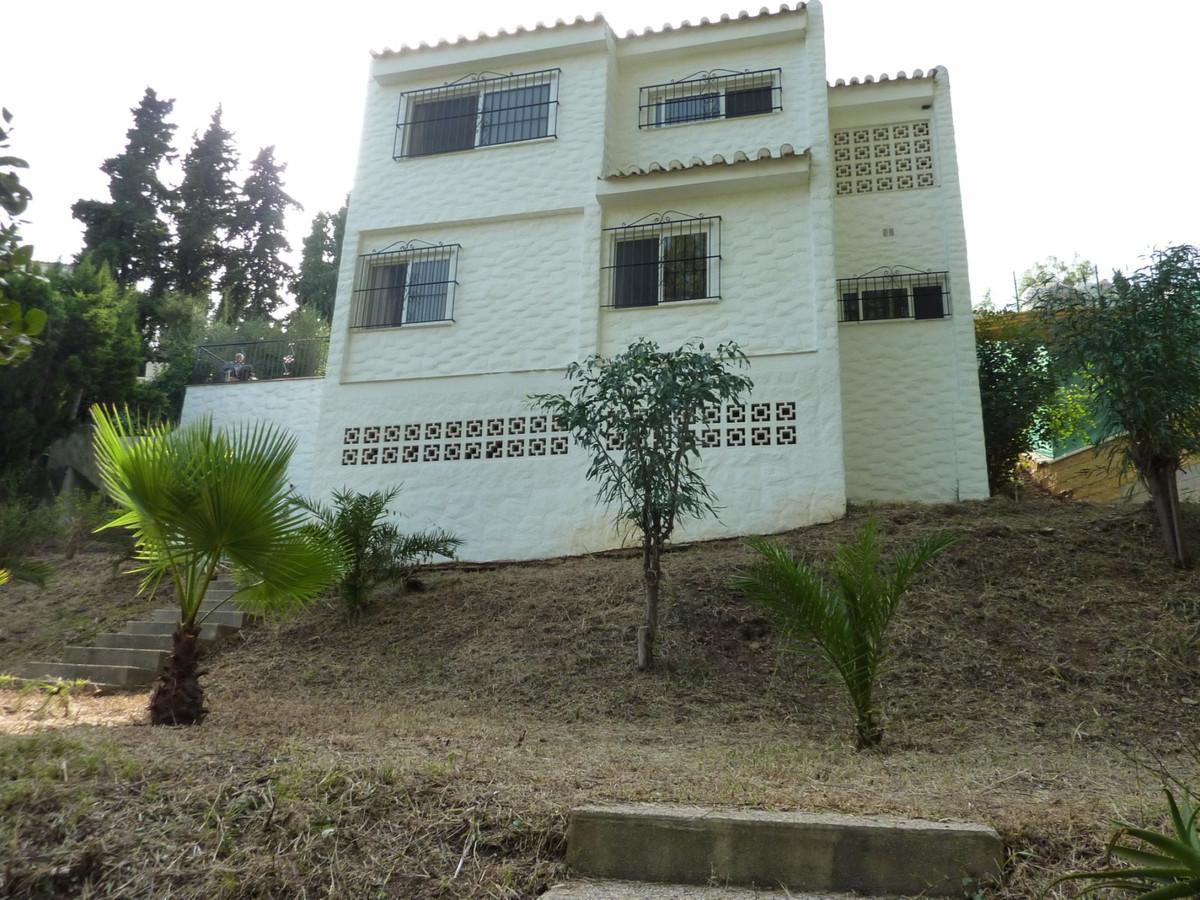 Detached Villa in Fuengirola