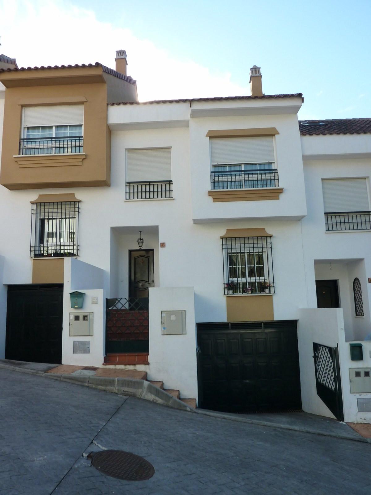 Townhouse  Terraced for sale   in Benalmadena Costa