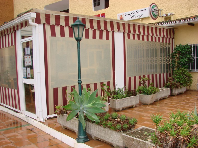 Commerce, Bar  en vente    à Marbesa