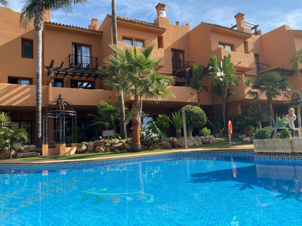 Beautiful semi-detached house in the prestigious urbanization Riviera hill club. The property has a ,Spain