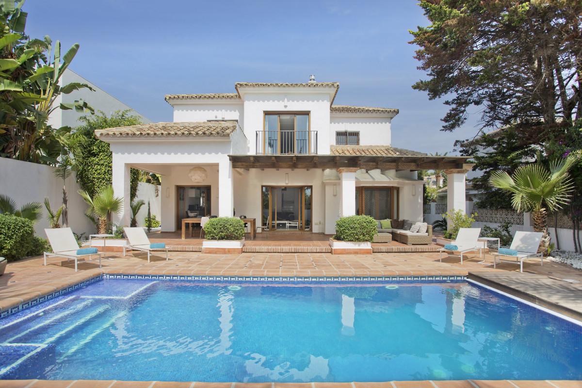 - FANTASTIC VILLA NEAR THE BEACH -  This fantastic 4 bedroom villa has been completely renovated tak,Spain
