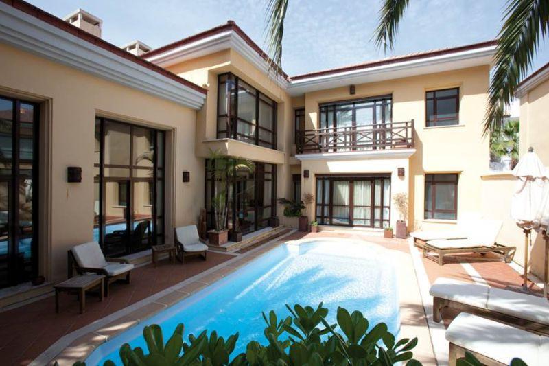 Cozy 3 bedroom villa in Bahia de Banus -  This villa is located in an exclusive complex inspired by ,Spain