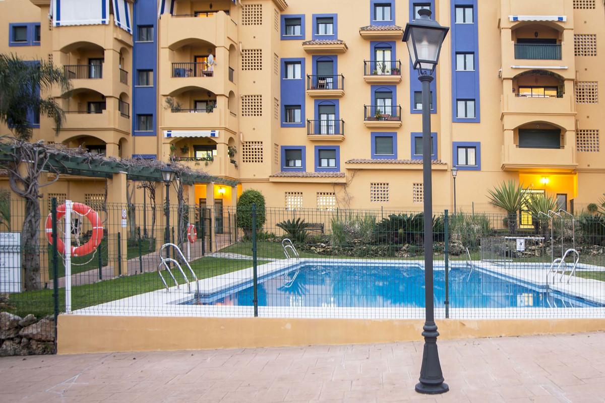 Lägenhet på mellanplan i San Pedro de Alcántara R3260713