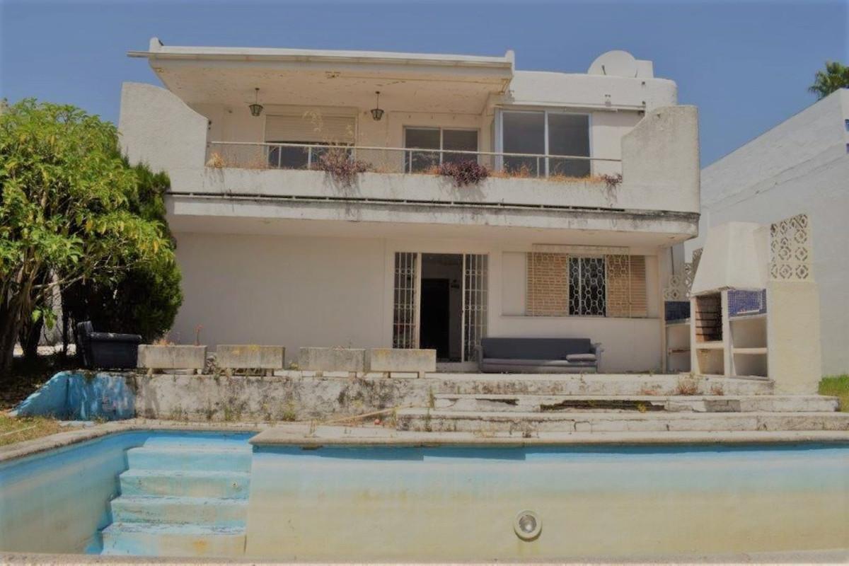 Detached Villa for sale in Guadalmina Alta R3680072