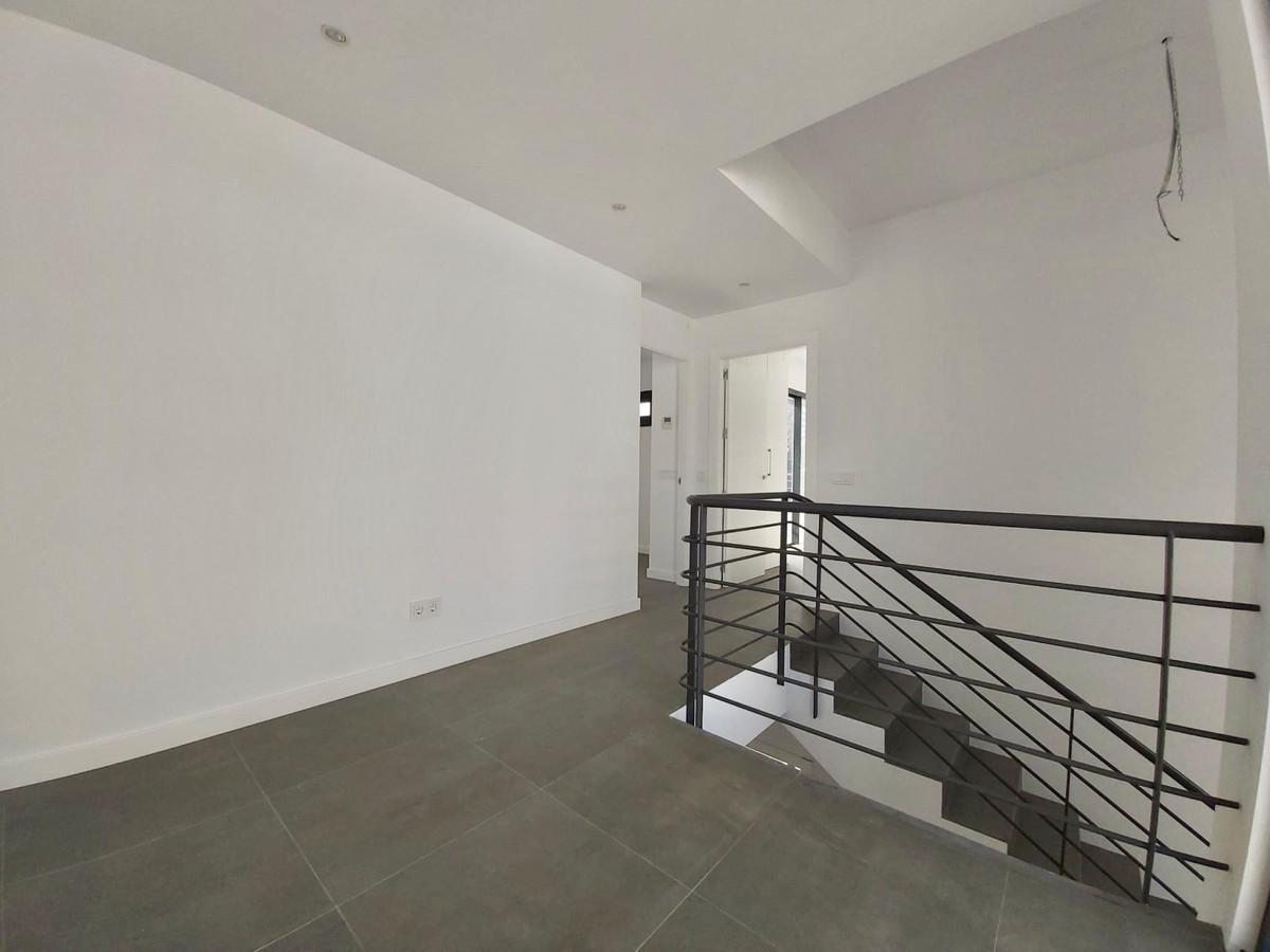House in Atalaya R3438025 14