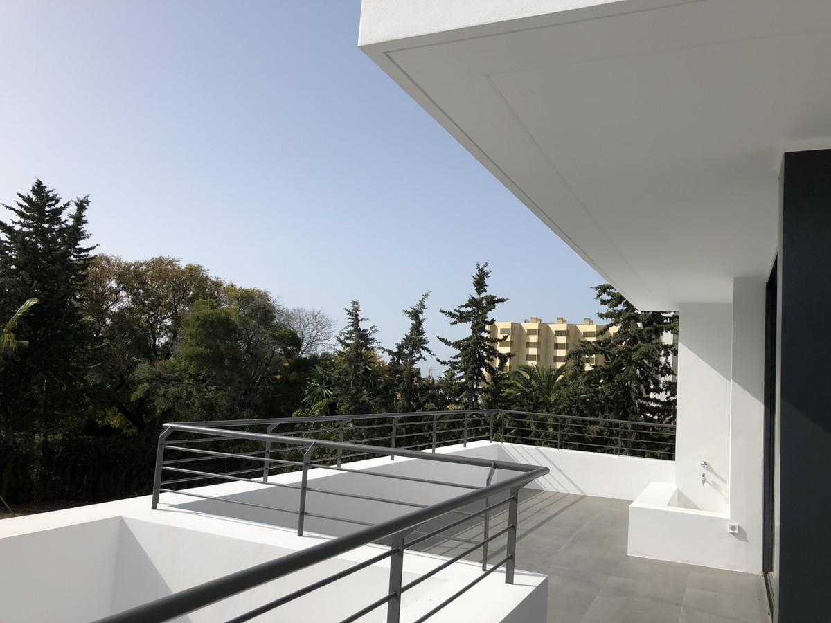 House in Atalaya R3438025 2