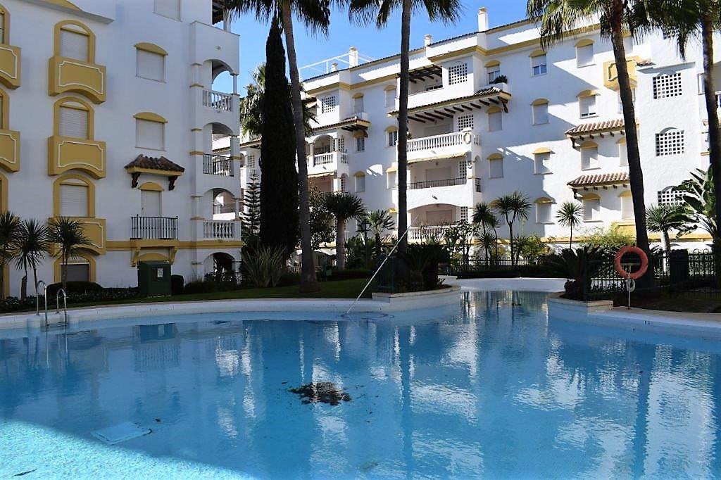 ATTIC DUPLEX IN THE GOLDEN MILE 2 bedroom apartment in gated complex located on the Golden Mile. You,Spain