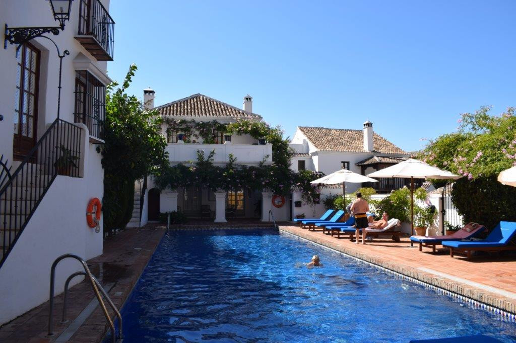 UNDER RESERVATION Cozy 3 bedroom townhouse in La Milla de Oro !! Located in one of the most represen,Spain