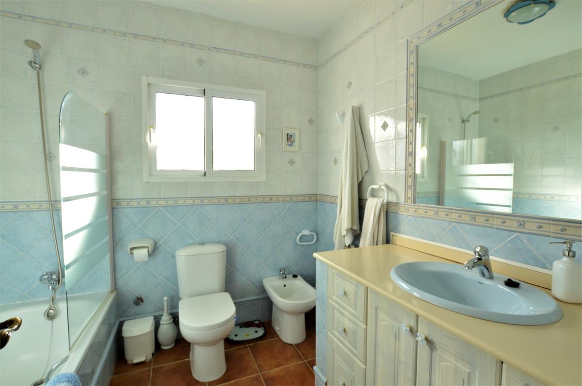 House in Arroyo de la Miel R3611735 18